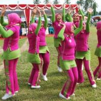 Juara I Lomba Senam Chaca dari Kota Padang Panjang